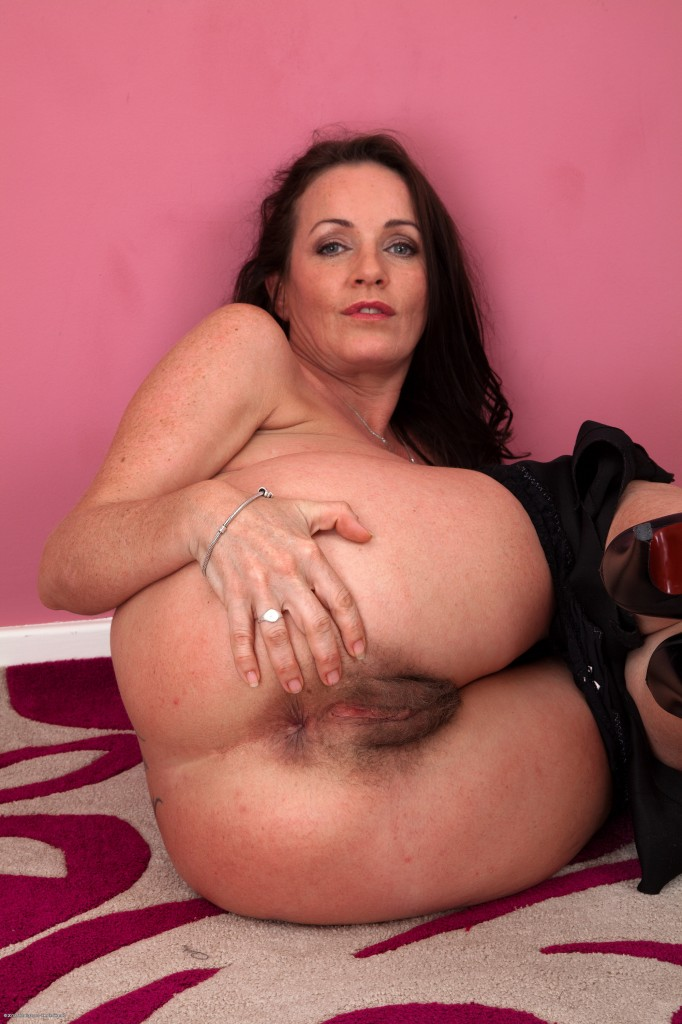 Hairy Mature Spread Hairy Movies - Free Spreading Hairy.